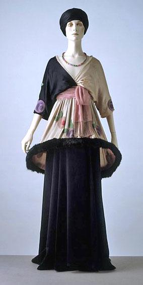 "Mineret Tunic. ""Sorbet"" chiffon, satin, fur skirt and tunic, 1912. Designe by Paul Poiret."